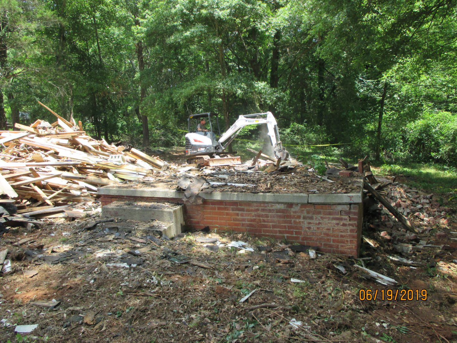 Clean up takes place at 511 Lebanon Road
